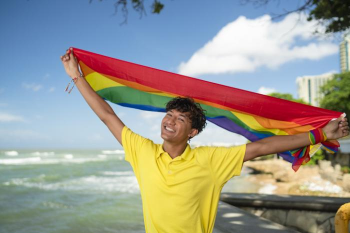 4 Essential Tips for Coming Out