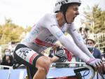 Pogacar Crushes Roglic to Seal Tour de France Title